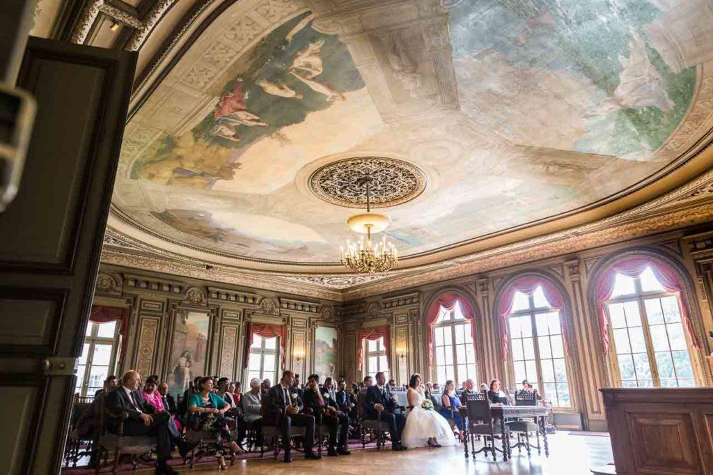 Comment Se Deroule Le Mariage A La Mairie Les Photos De Bela