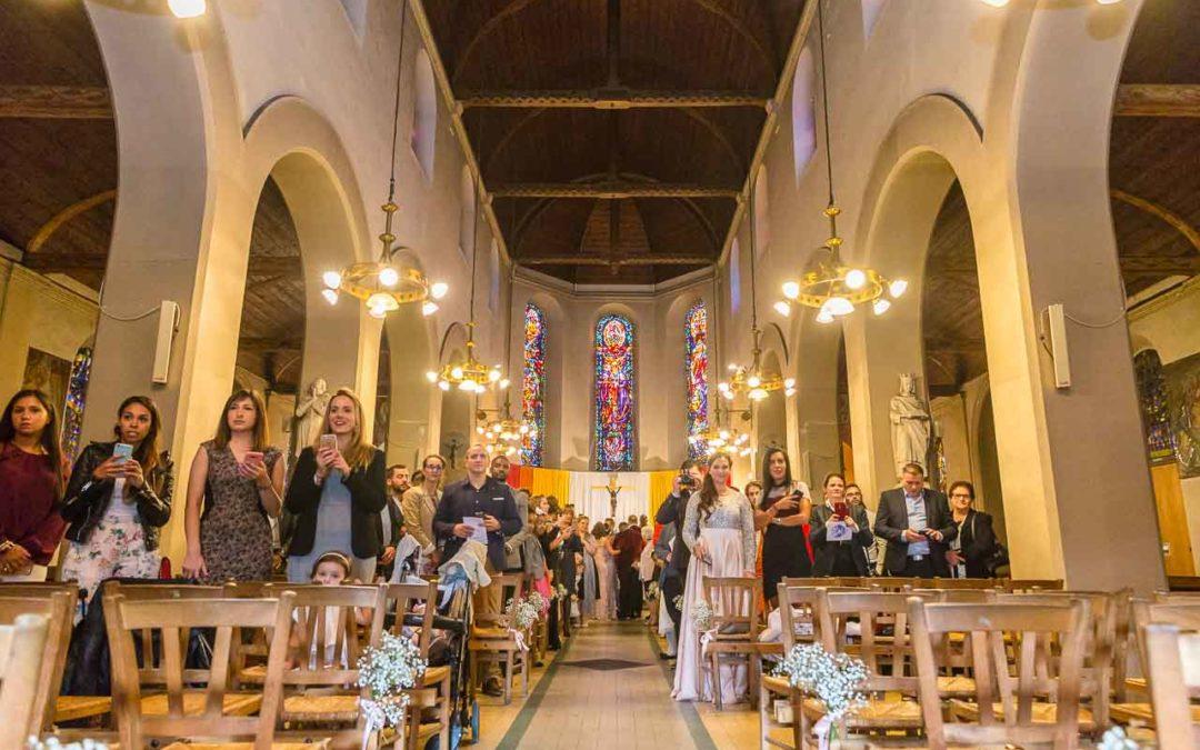 Ordre d'entrée du cortège de mariage à l'église