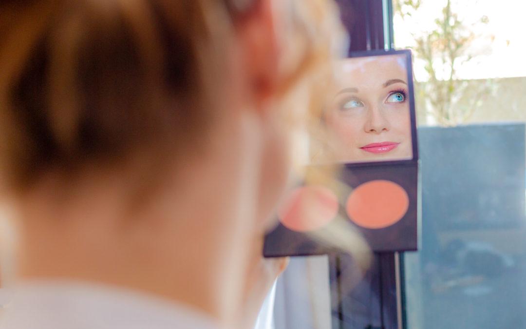 Préparatifs de la mariée - Make-up - Maquillage - Crédits : Les Photos de Bela - Photographe de mariage - Paris - IDF