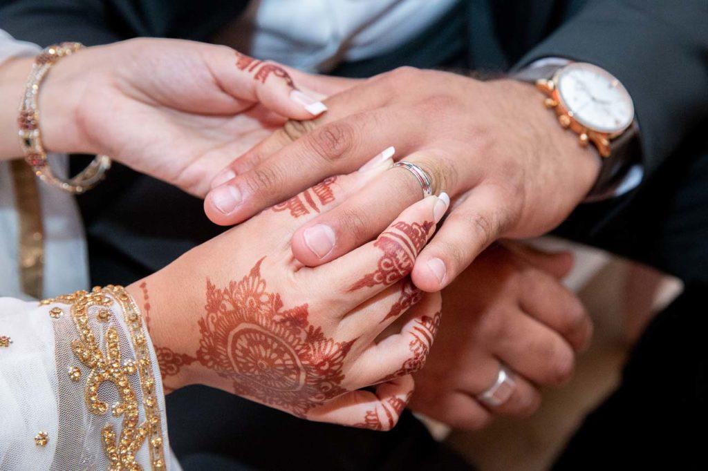 Mariage musulman et échanges des alliances - Crédits : Les Photos de Bela, Photographe de mariage Paris et IDF